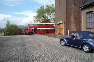 Engelse-dubbeldekker-en-kever-cabriolet